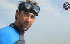 Peleką prisitvirtinęs M. Phelpsas nusileido rykliui