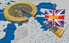 """Europos Komisija nori derybas dėl """"Brexit baigti iki 2018 m. spalio"""