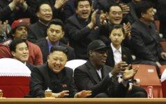 Buvęs Šiaurės Korėjos kalinys nutraukė tylą: už laisvę dėkoju D. Rodmanui