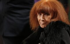 Eidama 87 metus mirė prancūzų mados kūrėja Sonia Rykiel