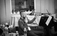 """Lino Adomaičio, Egidijaus Buožio ir """"G-Strings"""" projektas"""