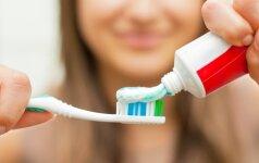 Odontologė įvardijo didžiausius baltos šypsenos priešus
