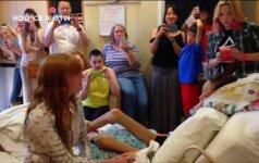 Florence Welch surengė privatų koncertą vėžiu sergančiai paauglei