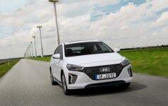 """""""Hyundai"""" pelnas krinta dešimtą ketvirtį iš eilės"""