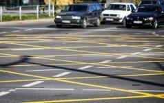 Baudų nesumokėję asmenys gali likti be vairuotojo pažymėjimo
