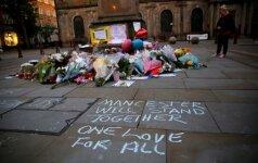 Įtariamo sprogdintojo Mančesteryje tėvas netiki, kad jo sūnus kaltas