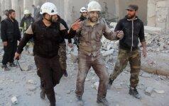 Sirijoje per savižudžių atakas žuvo mažiausiai 42 žmonės