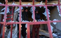 Afganistano Talibanas siaubia kaimus: dingsta dešimtys gyventojų