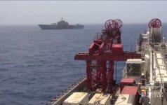 Italija iškėlė pernai nuskendusį migrantų laivą ir mėgins identifikuoti aukas