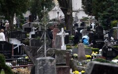 Aplinkosaugos tabu. Kapinės – tiksinti taršos bomba