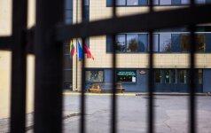 Po vaiko savižudybės mokyklos direktorė prabilo apie mamų sąmokslą