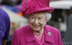 Karalienės Elizabeth II simpatija padidino prabangaus prekės ženklo pardavimus