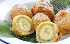 Tešloje kepti bananai