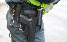 Pradėtas tarnybinis patikrinimas dėl Mažeikių r. policijos pareigūnų veiksmų