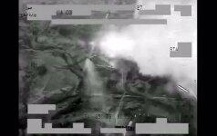 """Per sąjungininkų pajėgų ataką prieš """"Islamo valstybę"""" nukauta 250 kovotojų"""