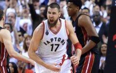 """""""Raptors"""" džiūgauja: J. Valančiūnas ant parketo sugrįš jau šiąnakt?"""