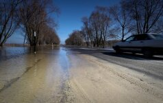 Kelininkai: kyla vandens lygis kelyje Šilutė–Rusnė