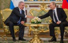 Iš pirmų lūpų: kodėl Izraelio premjeras taip dažnai lankosi pas V. Putiną