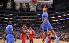 """""""Clippers"""" su B. Griffinu traiškė varžovus net 56 taškais, o K. Durantas vėl šėlo Oklahomoje"""