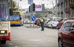 Vilniečių kantrybės išbandymas: mieste reto didumo spūstys