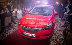 """""""Metų automobilis 2016"""" – """"Opel Astra"""""""