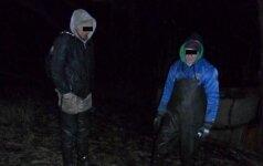 Aplinkosaugininkų taikiklyje - juodi uošvio ir žento darbeliai
