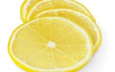 Perpjaukite citriną į 4 dalis: ši gudrybė jus nustebins