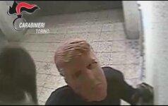 Banko plėšikai Italijoje darbavosi veidus prisidengę D. Trumpo kaukėmis