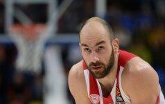 """17 taškų deficitą panaikinęs """"Olympiakos"""" vis tiek krito Stambule"""