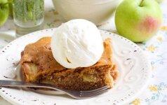 Obuolių pyragas su RUDUDU