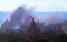 Galingas žemės drebėjimas Mianmare apgriovė garsiąsias Bagano šventyklas