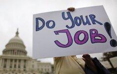 JAV daugėja bedarbių