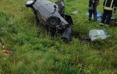 Per avariją Utenos rajone žuvo du žmonės, ribojamas eismas