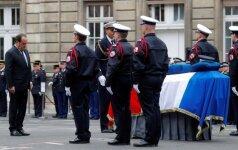 Prancūzija atsisveikina su Eliziejaus laukuose nušautu policininku