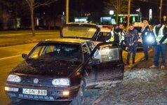 Gaudynės Vilniuje: vijosi jaunuolius, pagrobusius automobilį