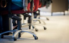 Kviečia pasitikrinti, ar mokate teisingai sėdėti