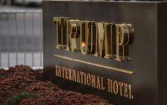 Vašingtone prie D. Trumpo viešbučio bandė susideginti protestuojantis vyras