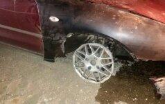 Girtas 19-metis vėl važiavo be padangos – gelbėjo draugo vairuotojo pažymėjimą