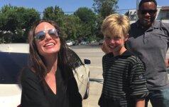 Angelina Jolie su durkele Shiloh