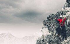 Dramatiški metai: Everestas suryja daugiau