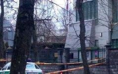 Vilniuje vyras brovėsi į Japonijos ambasadą