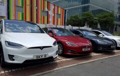 """Jungtinėse Valstijose – nauji kaltinimai """"Tesla"""""""