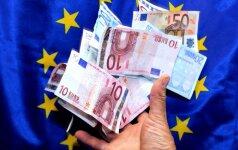 Euro zona atnaujina Graikijos skolos mažinimo priemonių įgyvendinimą