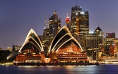 Australija griežtins reikalavimus darbo vizoms