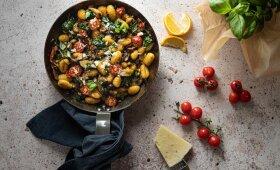 Moliūginiai gnocchi su pesto padažu
