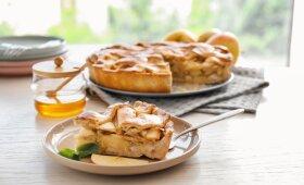 Saldžiausiai dienai: 5 gardžiausių obuolių pyragų receptai – abejingų neliks