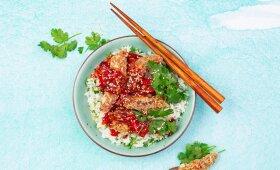 Traškios mėsos juostelės saldžiarūgščiame padaže – tarsi iš kinų restorano