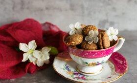 Sausainiai Amaretti su kakava