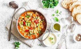 """Itališka daržovių sriuba """"Minestrone"""""""