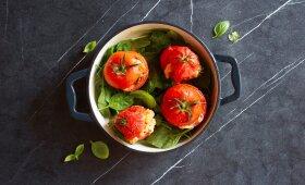 Įdaryti pomidorai su sūriu